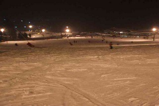 Night skiing – empty slopes!