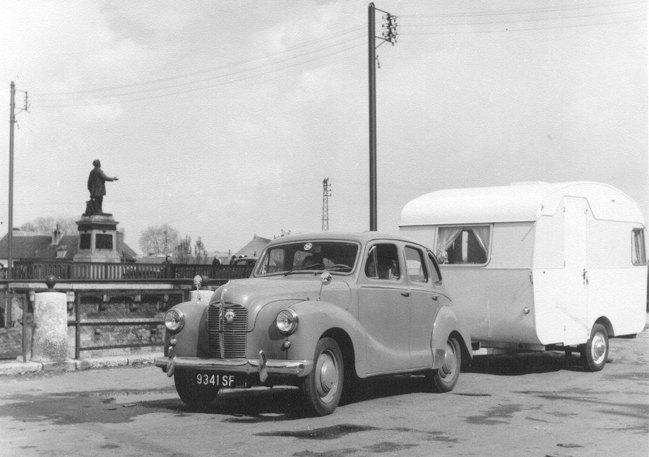 Austin A40 with van in Auxerre France 16-04-60